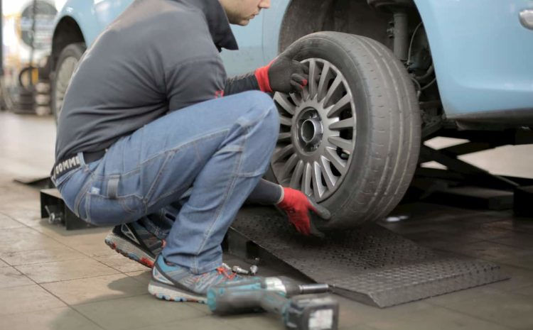 Heavily Loaded Vehicles Encourage Tire Blowouts